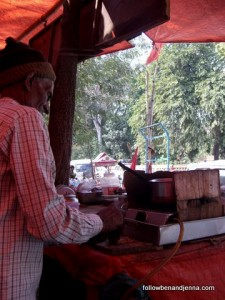 A street vendor in Sarnath, India