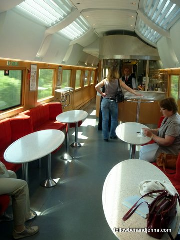These lounges are open to both classes on German trains