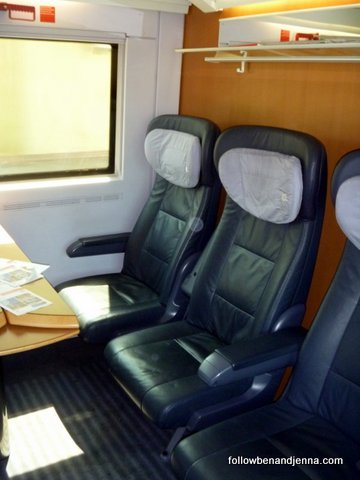German train - Deutsche Bahn DB bahn rail first class car