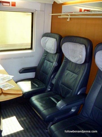 German train - Deutsche Bahn DB bahn rail first class car