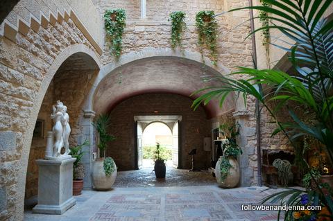 Interior Palau lo Mirador hotel in Torroella de Montgrí